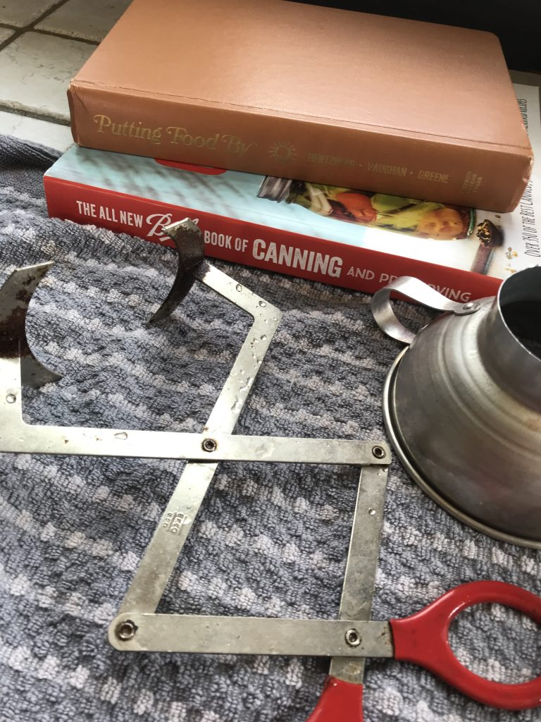 Canning funnel and jar lifter